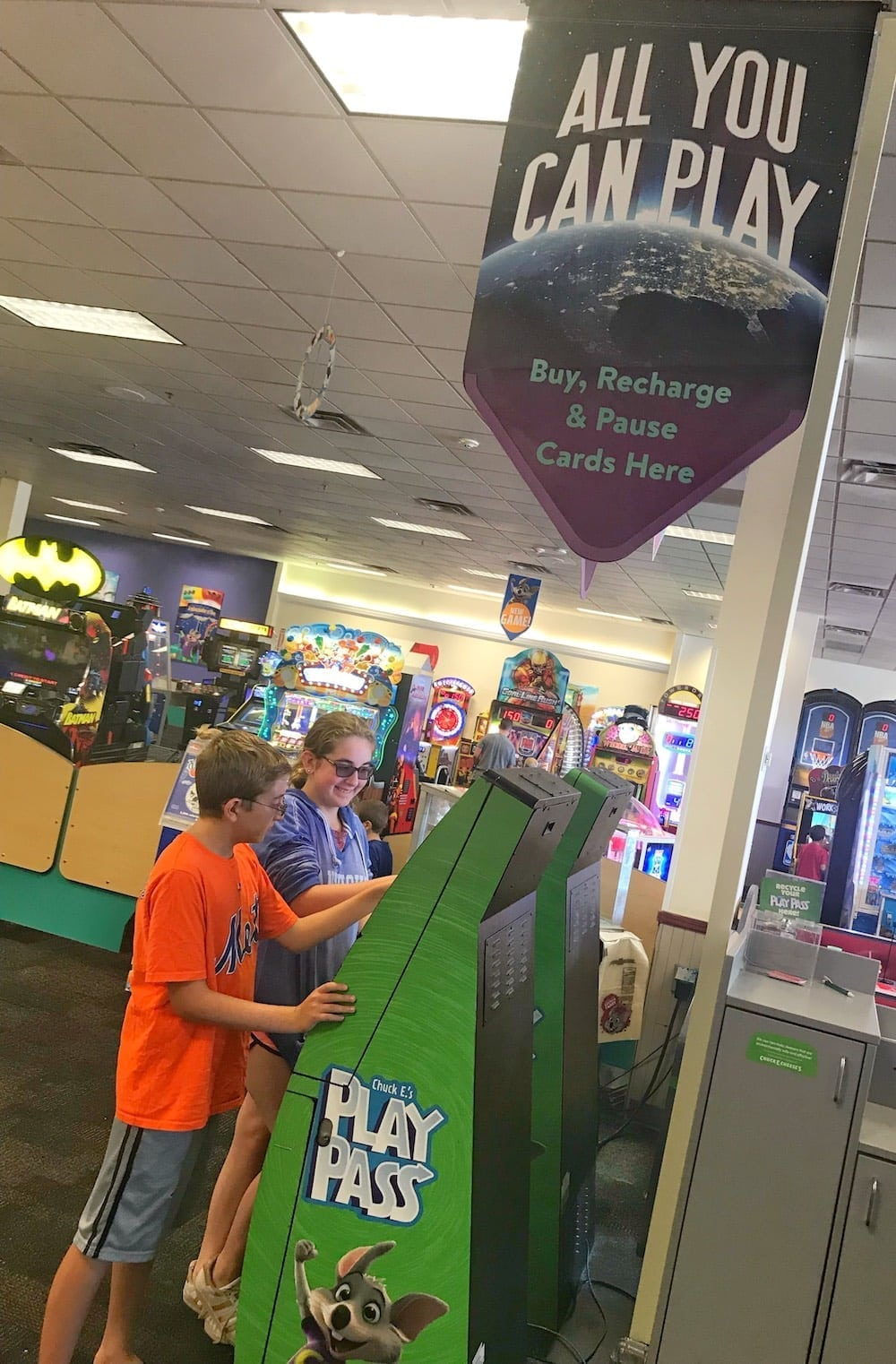 Chuck E Cheese's All You Can Play