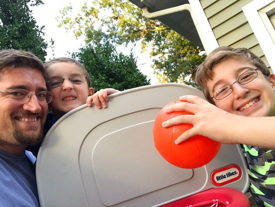 Little Tikes Easy Score Basketball backboard selfie