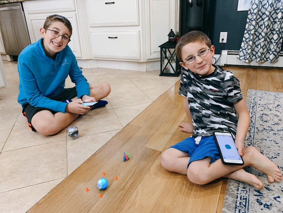 Sphero BOLT and Sphero Mini - boys smiling