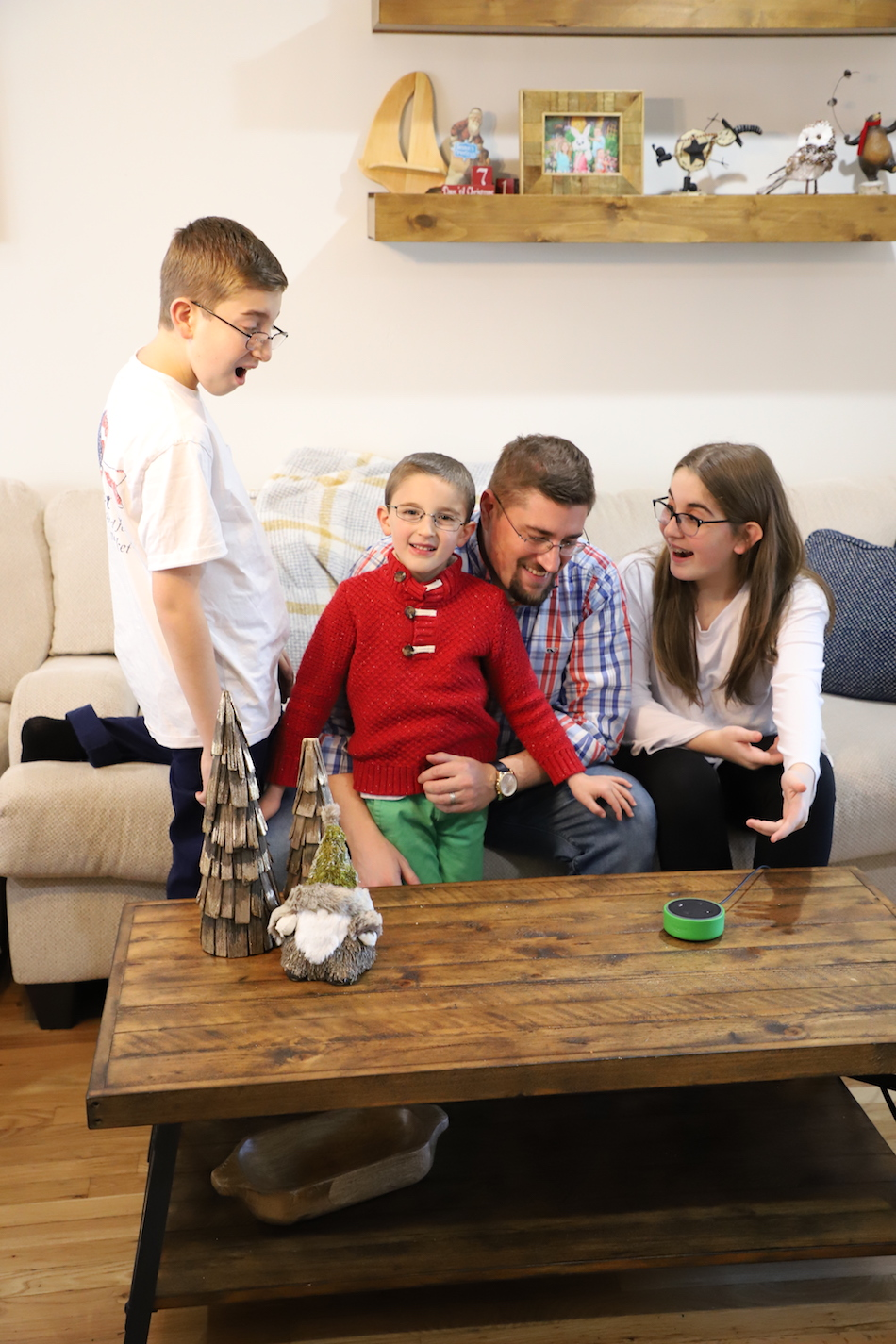 Amazon Echo Dot Kids Edition - family time 2