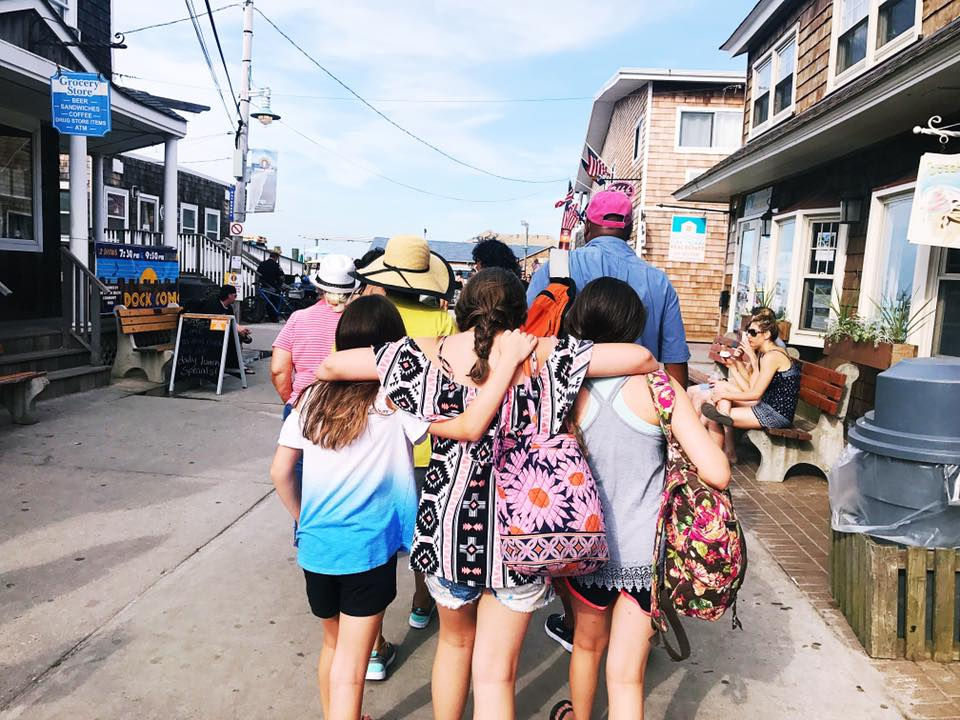 Good Friends - Teaching Kids to Spot Them - Guy and the Blog